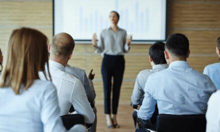 Sælger I rigtigt, når I holder seminar eller webinar?